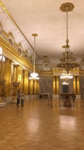 This room inside the Hermitage museum reminds me of La Galerie des Glaces in the Château de Versailles. I find this interesting as the Russian tsars of the 18th century looked to Europe for architectural inspiration. If you've travelled extensively around Europe, you'll notice when walking around the old centre of St Petersburg that each street is like a different European city.