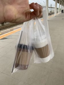 Disposable coffee cups and unnecessary plastic use