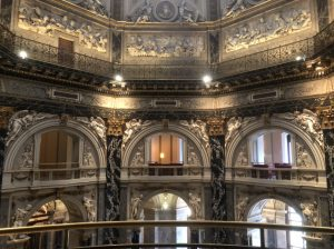 The entrance of the Kunsthistorisches Museum